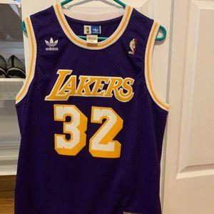 Los Angeles Lakers magic johnson jersey